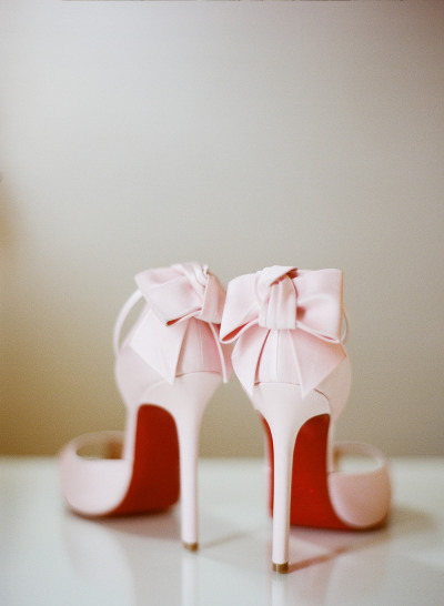 Detailed & Delighted // Wedding Wednesday: Bridal Shoe Salon